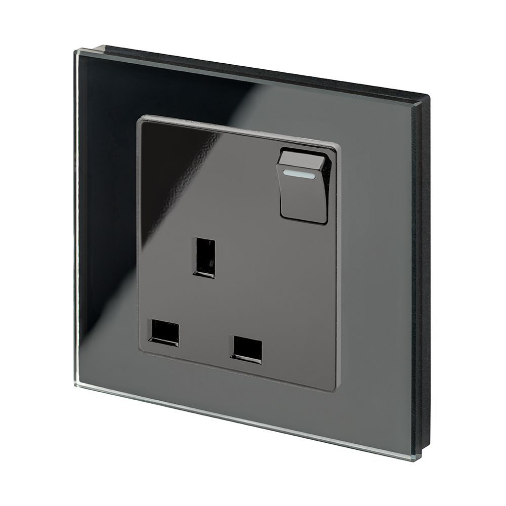 Retrotouch Single Switched Plug Socket 13a Black Glass Pg